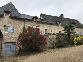 maison à Saint-Igest (12)