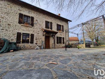 maison à Charensat (63)