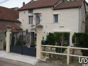 maison à Cruzy-le-Châtel (89)