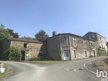 maison à Le Busseau (79)