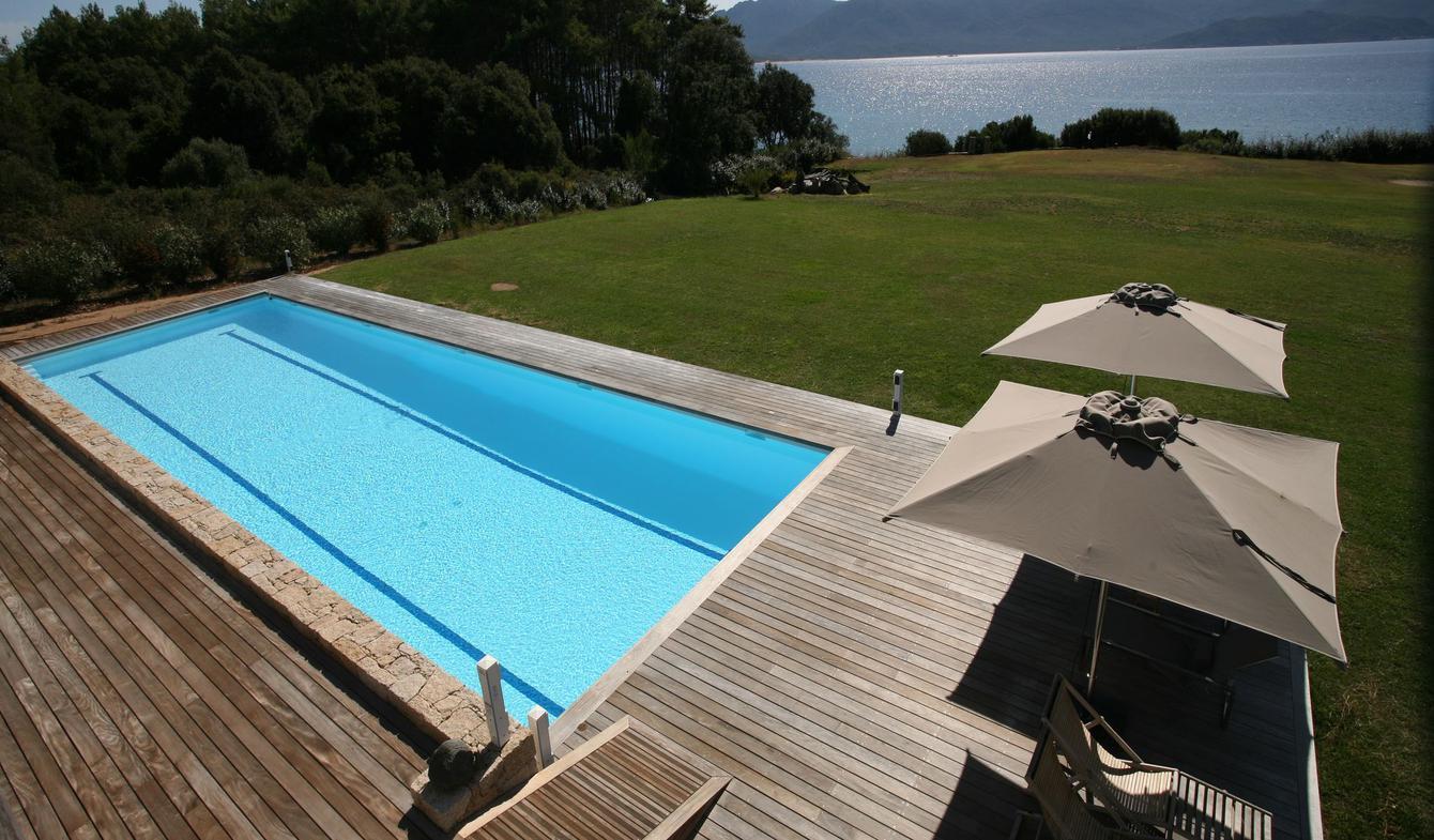Seaside villa with pool Propriano