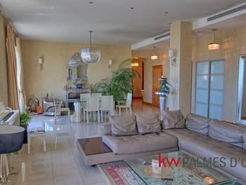 Appartement 4 pièces 165 m2