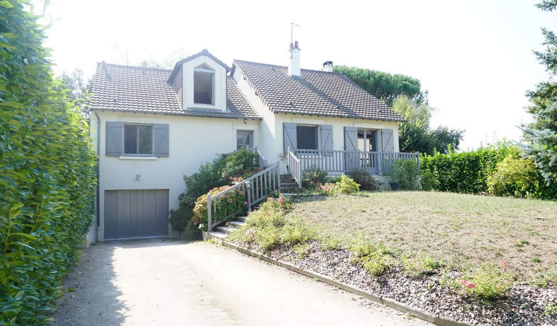 Maison avec terrasse Cellettes