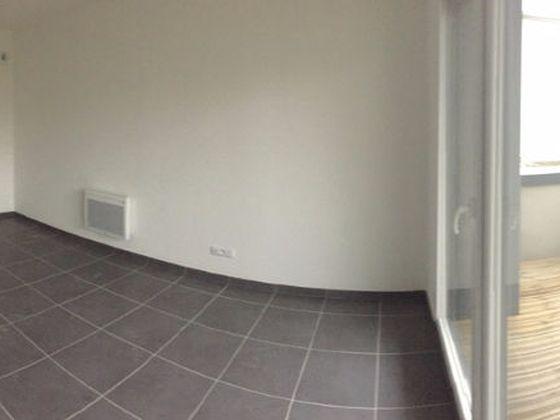 Location studio 23,86 m2