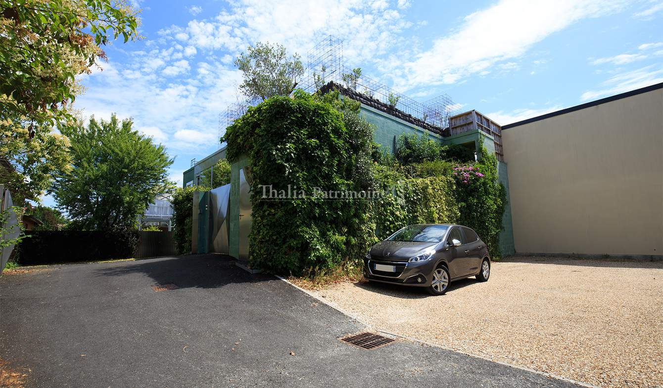 Apartment with terrace Libourne