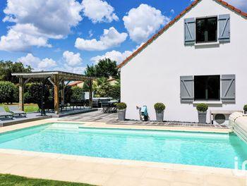 maison à Saint-Pierre-Montlimart (49)