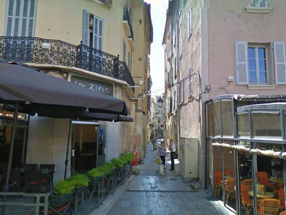 vente Divers 150 m2 Toulon
