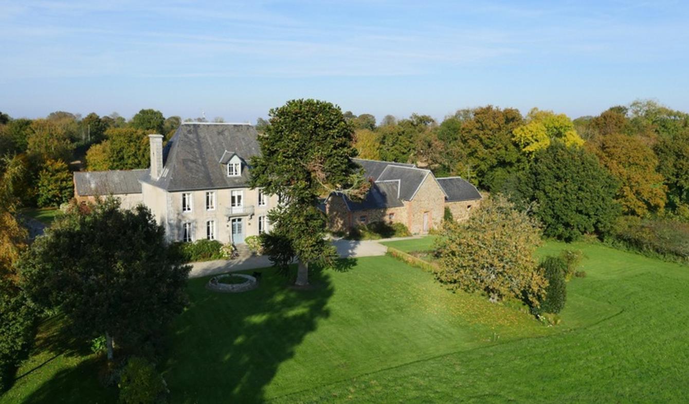 Propriété avec jardin Coutances