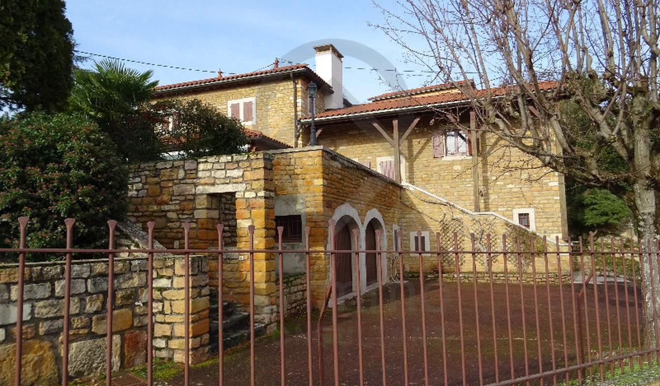 Maison avec piscine et terrasse Anse