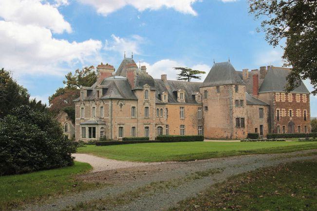 Château, Loire-Atlantique