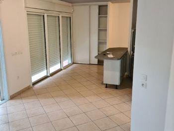 appartement à Les abymes (971)