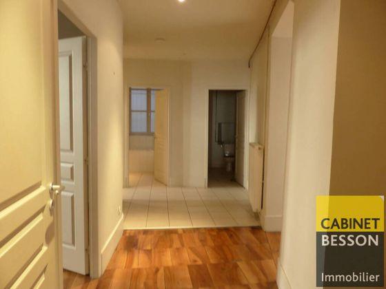Location appartement 6 pièces 168,5 m2