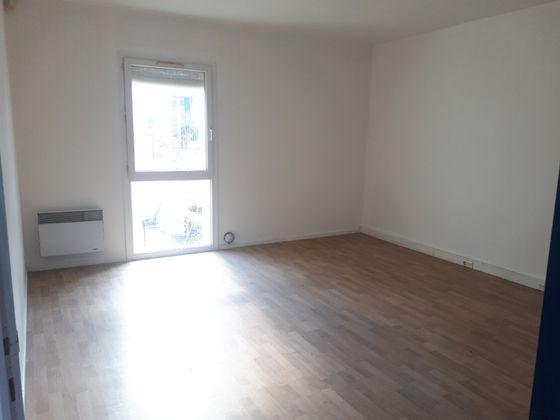 Location divers 6 pièces 120 m2