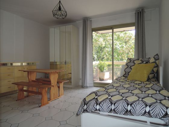 Location studio meublé 27,09 m2
