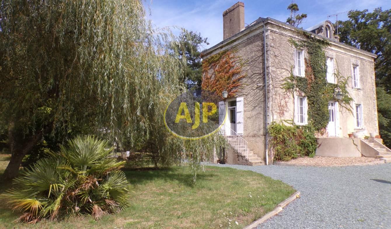 Maison avec terrasse Héric