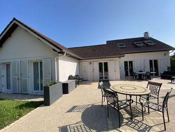 maison à Bourg (52)