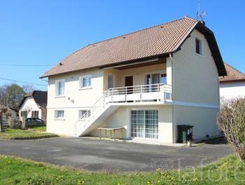 Maison 8 pièces 241 m2