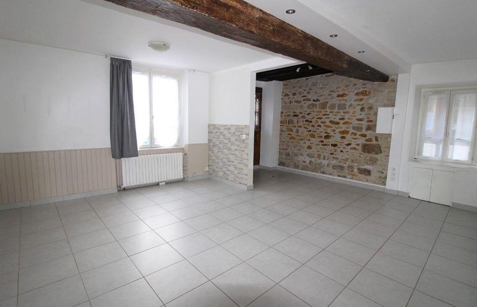 Location  appartement 2 pièces 47 m² à Rozay-en-Brie (77540), 635 €