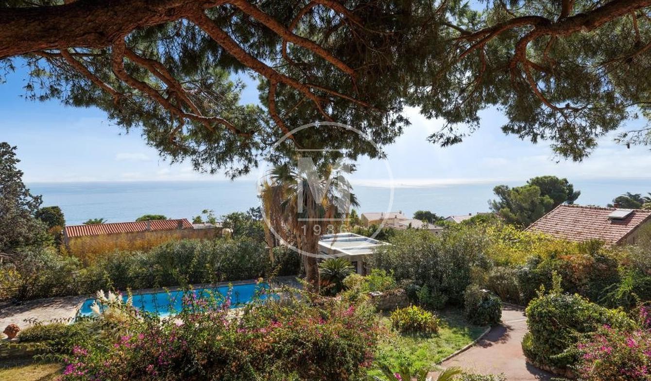 Villa avec piscine et terrasse Sète