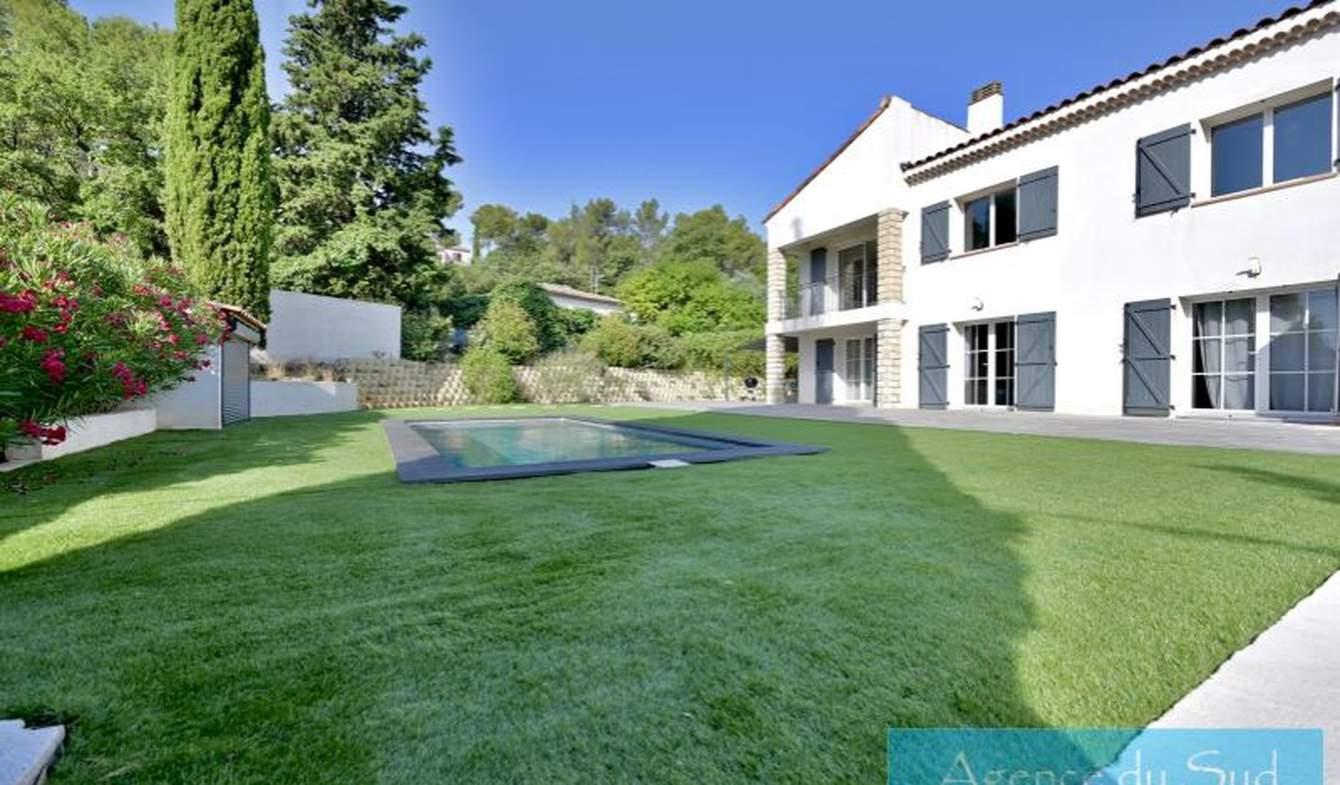Villa avec piscine et terrasse Peypin