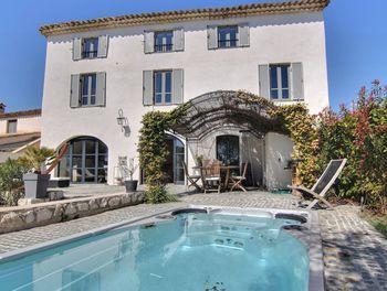 villa à La Colle-sur-Loup (06)