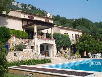 Villa 6 pièces 400 m2