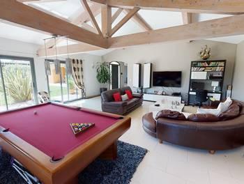 Maison 8 pièces 271 m2