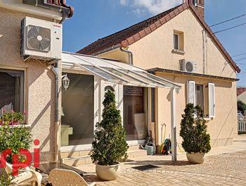 maison à Saint-Rémy-en-Rollat (03)