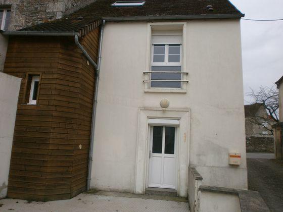Location maison 5 pièces 77 m2
