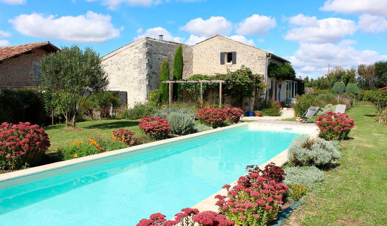 Maison avec piscine Mortagne-sur-Gironde