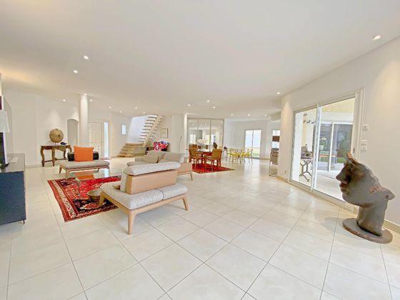 Vente maison 6 pièces 306 m2