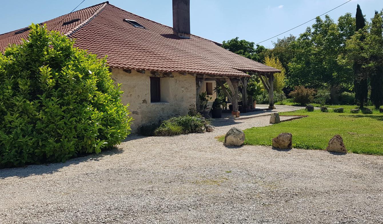 Maison avec terrasse Lavit