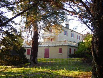 maison à Saint-Laurent-les-Tours (46)