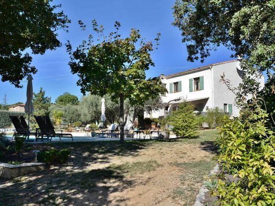 Vente villa 9 pièces 158 m2