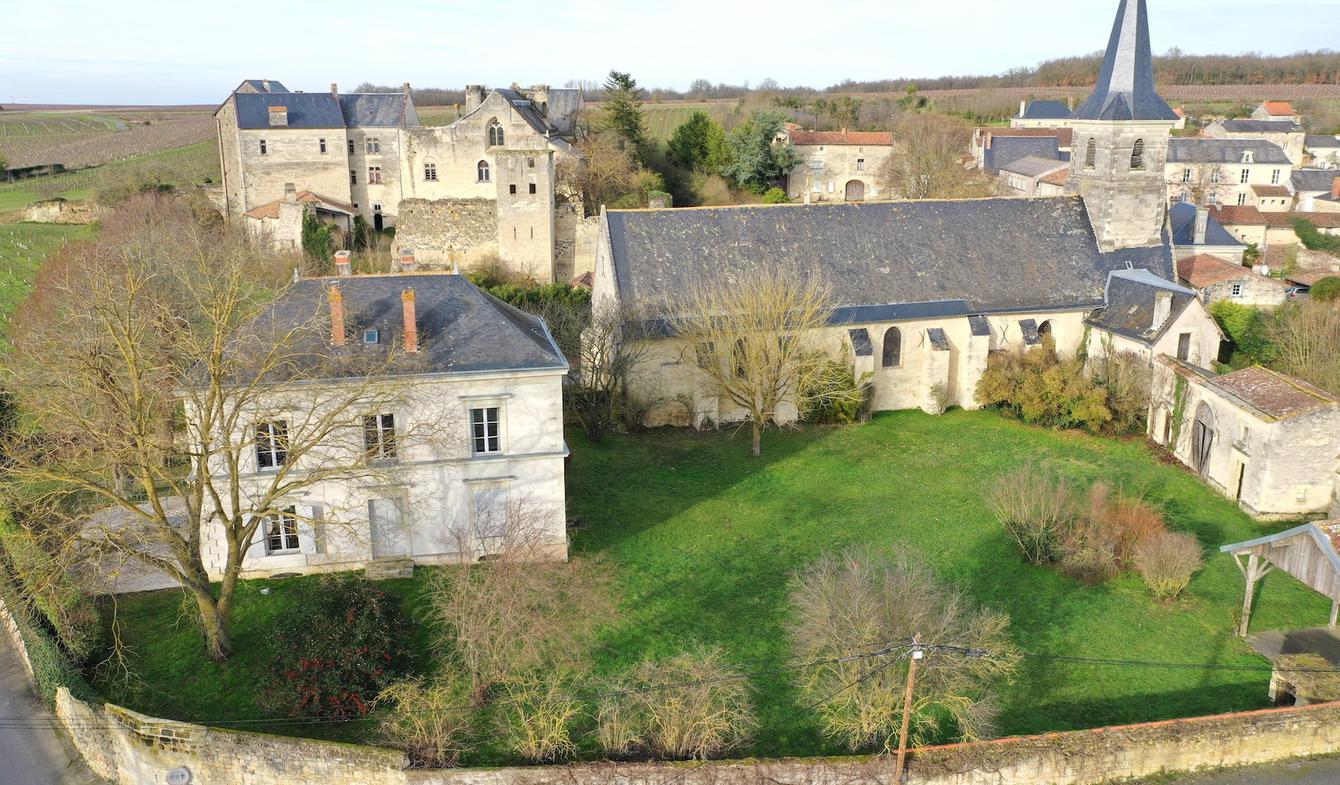 Maison avec terrasse Montreuil-Bellay