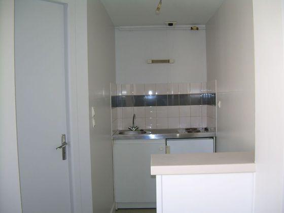 Location studio 25,5 m2