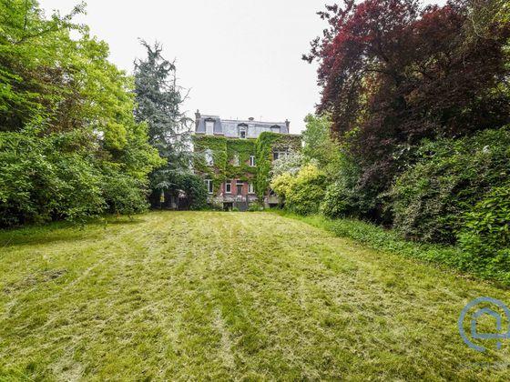 Vente maison 10 pièces 337 m2