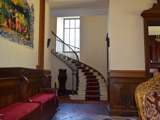 Vente maison 16 pièces 700 m2
