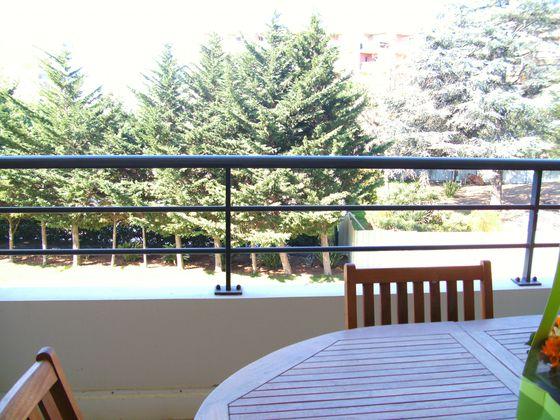 Location appartement 3 pièces 79,18 m2