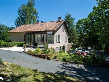 maison à Augignac (24)