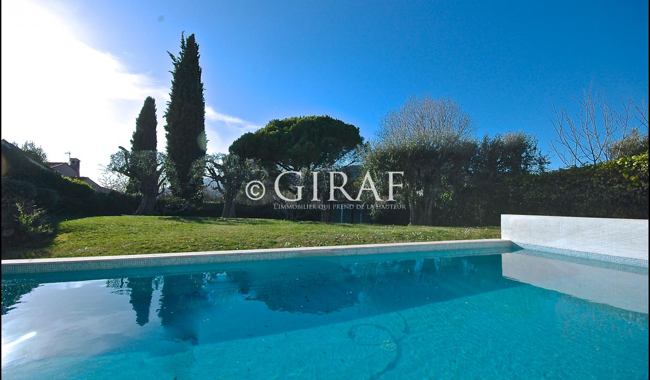 Villa avec piscine et terrasse La Gaude