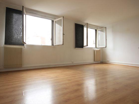 Location studio 35,15 m2