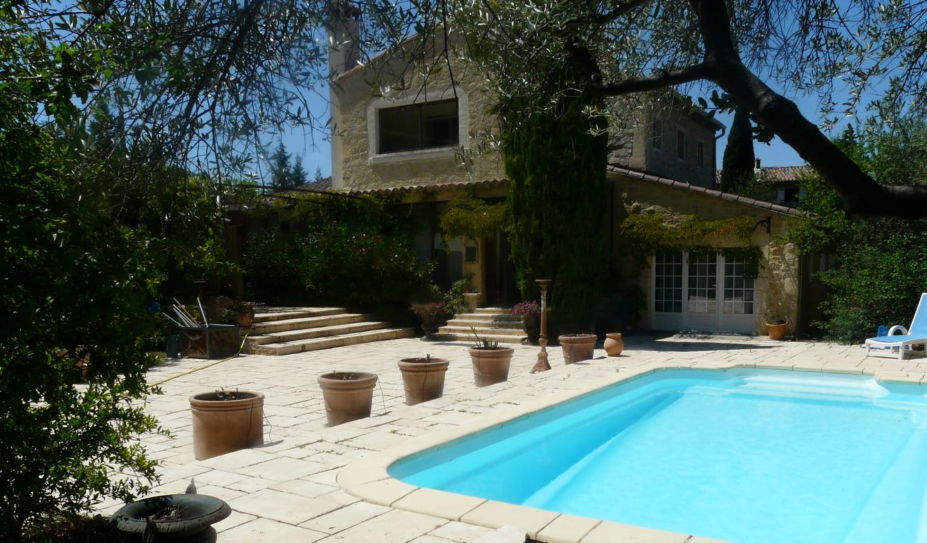 House with pool and garden Robion