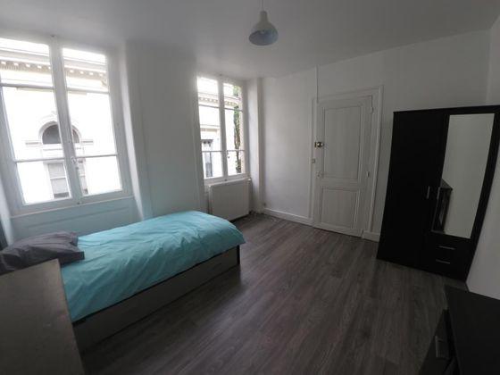 Location appartement meublé 5 pièces 85 m2
