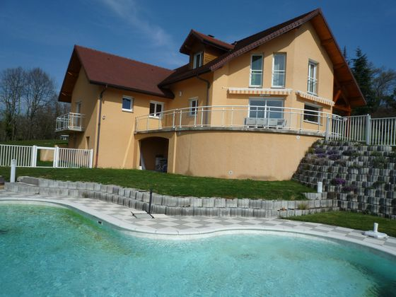 Vente villa 8 pièces 248 m2