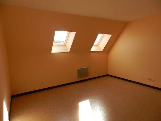 Location studio 24,39 m2