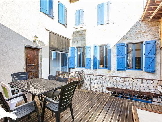 Vente maison 11 pièces 346 m2
