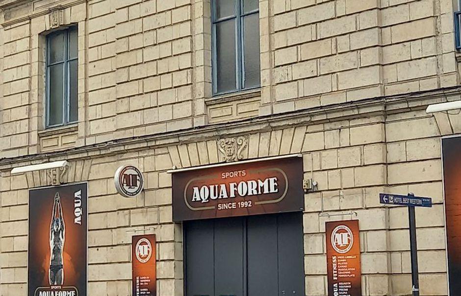 Vente locaux professionnels 1 pièce 781 m² à Niort (79000), 721 649 €