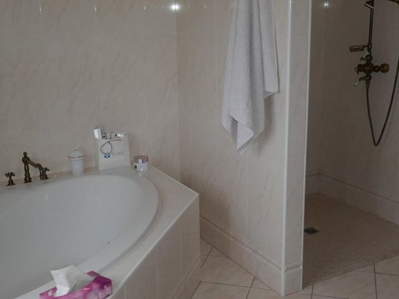 Vente villa 8 pièces 280 m2