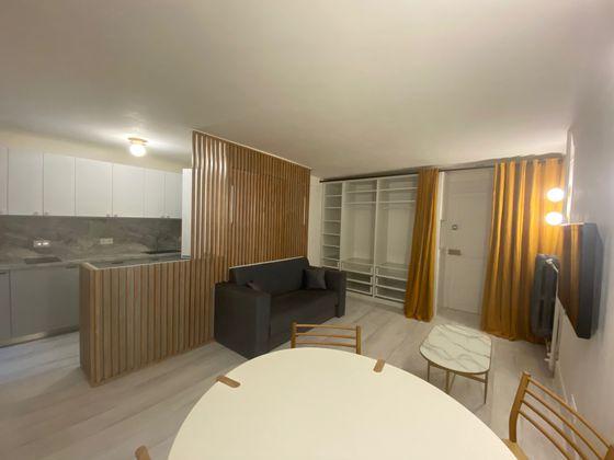 Location studio meublé 27,91 m2
